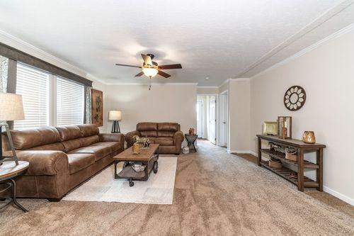 Greatroom-in-WINCHESTER FLEX 32 WIDE-at-Clayton Homes-Rogersville-in-Rogersville