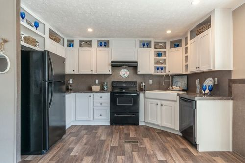 Kitchen-in-TRADITION 56C-at-Clayton Homes-Belpre-in-Belpre