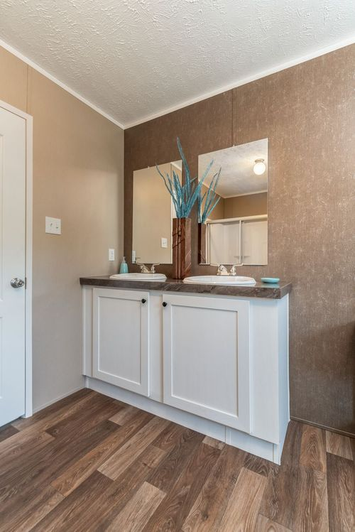 Wet-Bar-in-TRADITION 56C-at-Clayton Homes-Belpre-in-Belpre