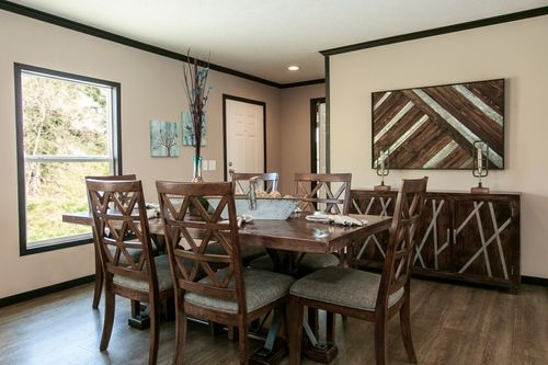 Dining-in-THE FRANKLIN-at-Clayton Homes-Monroe-in-Monroe