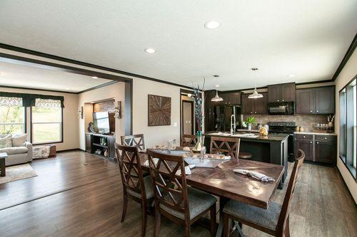 Kitchen-in-THE FRANKLIN-at-Clayton Homes-Crestview-in-Crestview