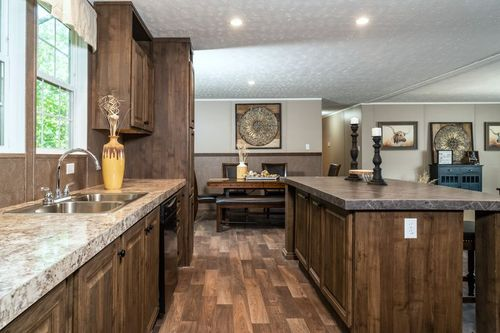 Kitchen-in-TRADITION 3268B-at-Clayton Homes-Corinth-in-Corinth