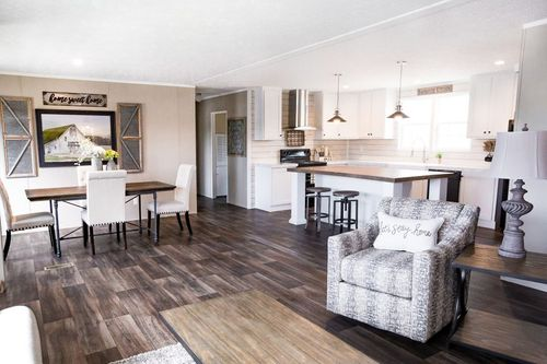 Greatroom-and-Dining-in-ISLAND BREEZE-at-Clayton Homes-Mobile-in-Mobile