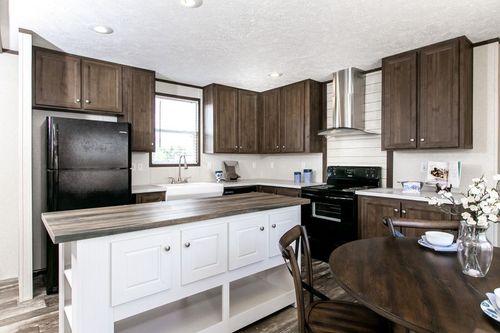 Kitchen-in-THE ANNIVERSARY ISLANDER-at-Clayton Homes-Walterboro-in-Walterboro