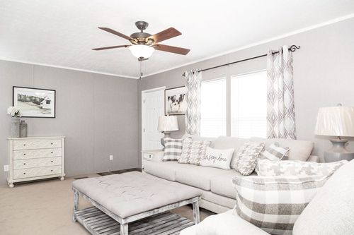 Greatroom-in-TRADITION 76C-at-Luv Homes-Kingsport-in-Kingsport