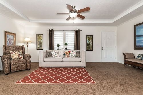 Greatroom-in-2091 CLASSIC-at-Clayton Homes-Kingsport-in-Kingsport