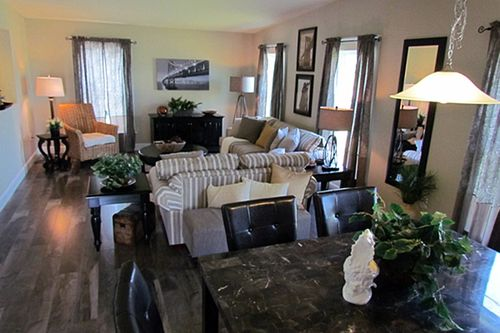 Greatroom-in-Niagara-at-G & I Homes-Frankfort-in-Frankfort