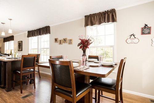 Breakfast-Room-in-2550 52X25 CK3+2 TPS MOD-at-Clayton Homes-Sanford-in-Sanford