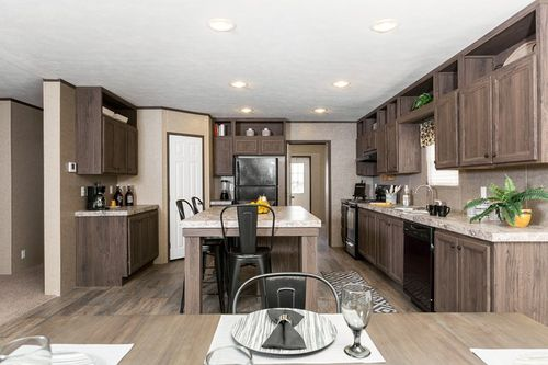Kitchen-in-THE KING    VIP-at-Clayton Homes-Alvin-in-Alvin