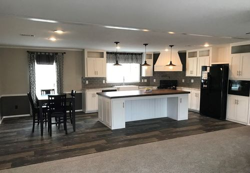 Kitchen-in-THE DRAKE-at-Clayton Homes-Bossier City-in-Bossier City