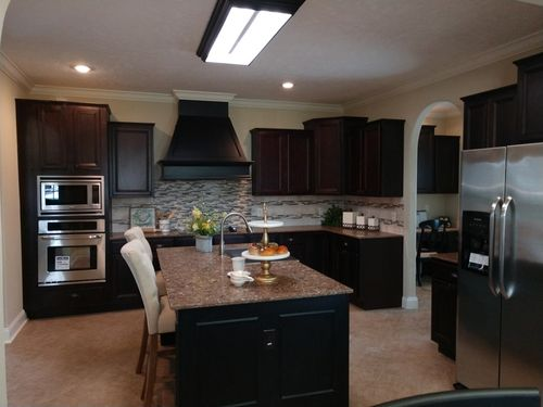 Kitchen-in-The Green One   SOLD!!!!-at-Clayton Homes-Effingham-in-Teutopolis