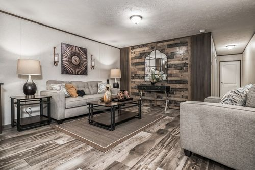 Greatroom-in-VISION EXTREME 76 D-at-Clayton Homes-Waynesville-in-Waynesville
