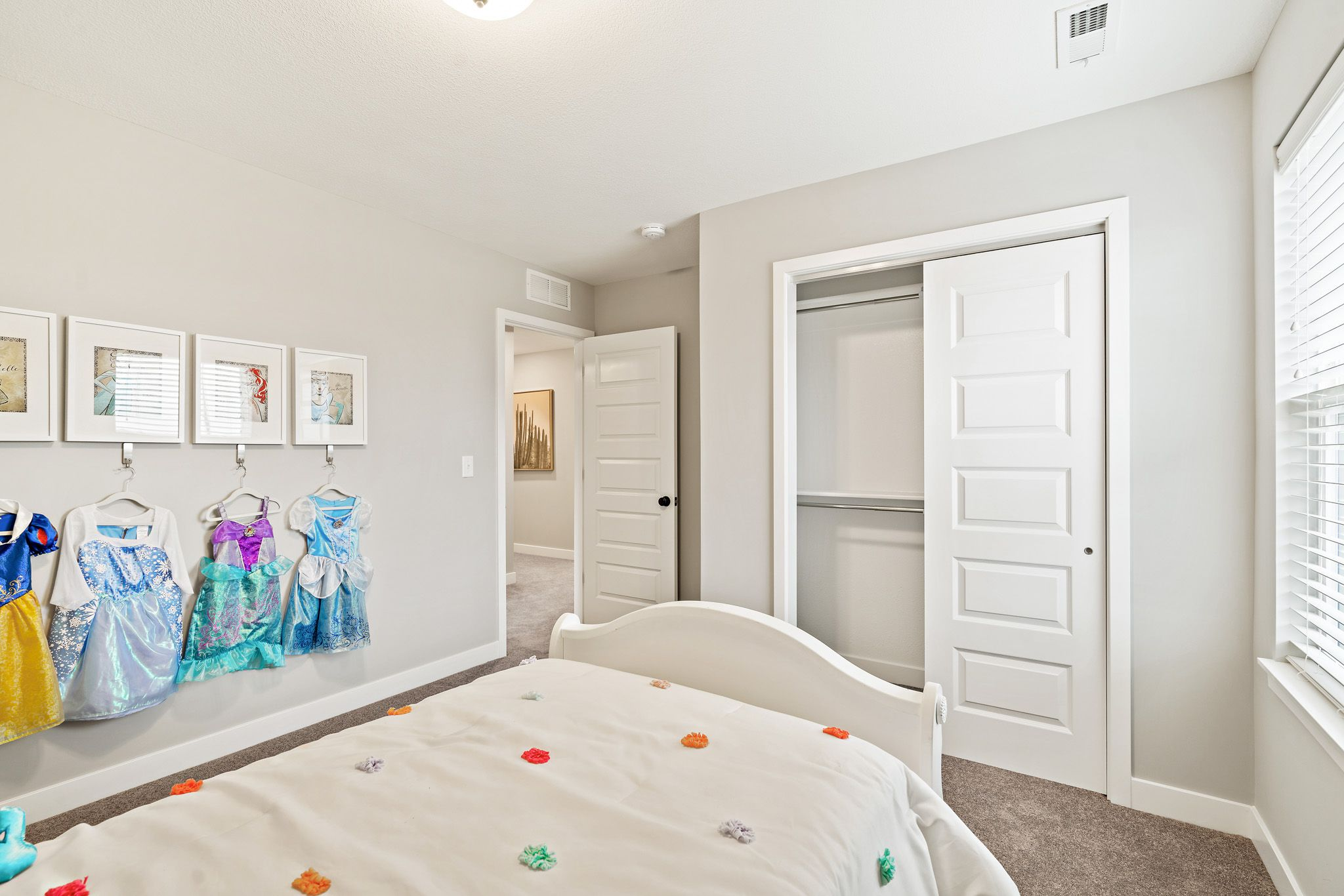 Bedroom featured in the honeydew By clover & hive in Des Moines, IA