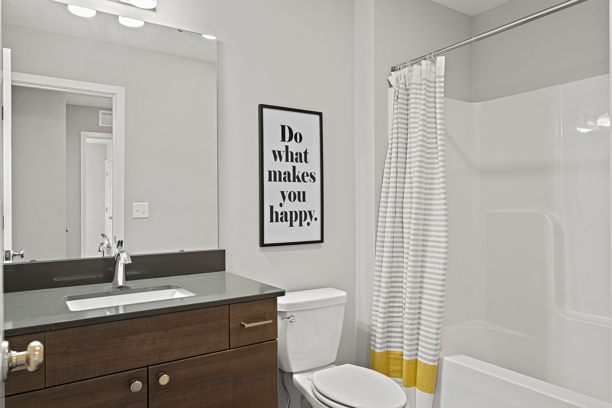 Bathroom featured in the sienna By clover & hive in Kansas City, MO