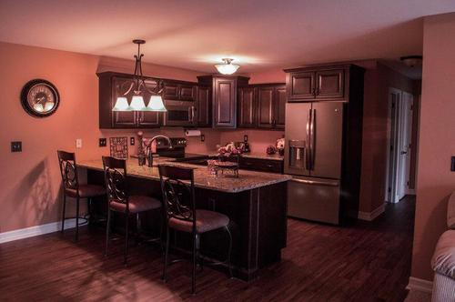 Kitchen-in-Upper Units-at-Edgewood Commons Condominiums-in-Rotterdam