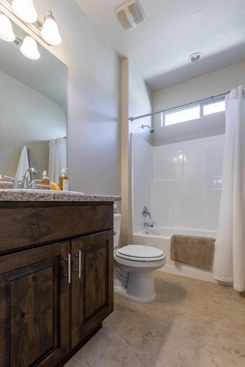 Bathroom-in-Amber-at-BRIO-in-Washington