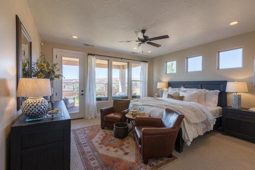 Bedroom-in-Sapphire-at-BRIO-in-Washington