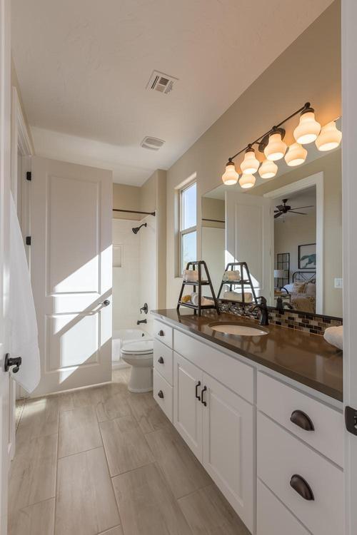 Bathroom-in-Sapphire-at-BRIO-in-Washington
