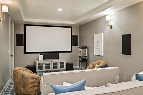 Media-Room-in-Madrid-at-The Views-in-Washington