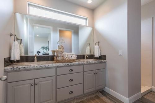 Bathroom-in-Auburn-at-BRIO-in-Washington