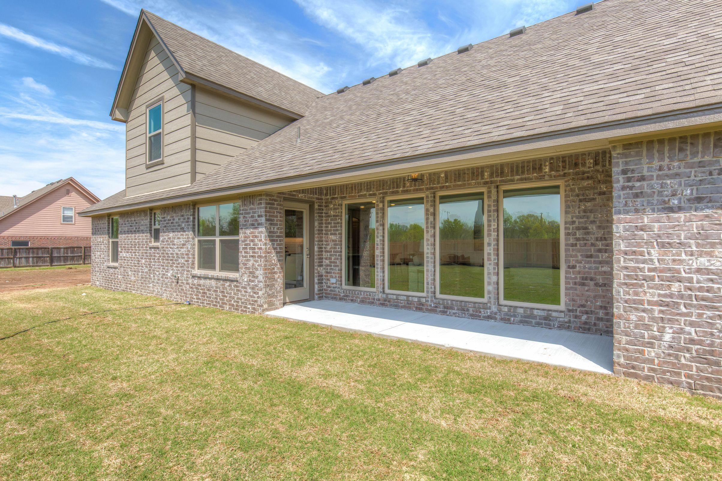 Exterior featured in the Izzy II Up By Concept Builders, Inc in Tulsa, OK