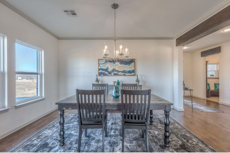 Dining-in-Country Ridge-at-Teal Ridge-in-Sand Springs