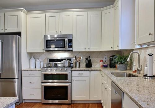 Kitchen-in-Chatham Executive Villa-at-Chester River Landing-in-Chestertown