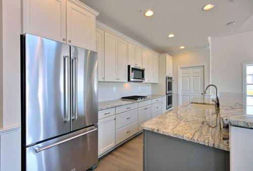 Kitchen-in-Sawgrass Legacy-at-Covell Signature Homes-in-Chester