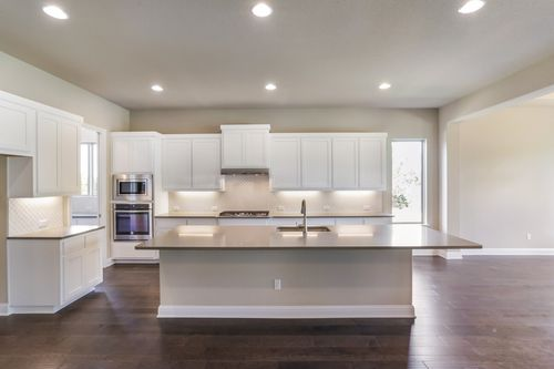 Kitchen-in-Design 2718-at-Harrison Hills-in-Dripping Springs