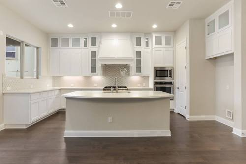 Kitchen-in-Design 2365-at-Rough Hollow-Highland Terrace-in-Lakeway