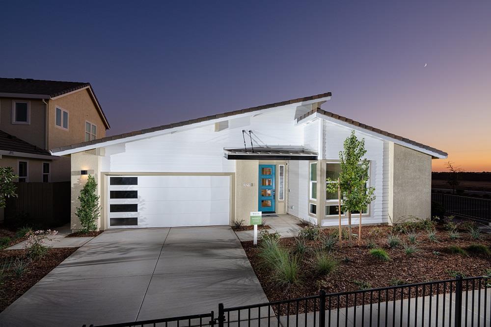 'Brighton Station at Cresleigh Ranch' by Cresleigh-Rancho Cordova  in Sacramento