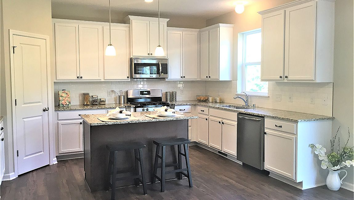 Kitchen featured in The Arlington By D.R. Horton in Minneapolis-St. Paul, MN