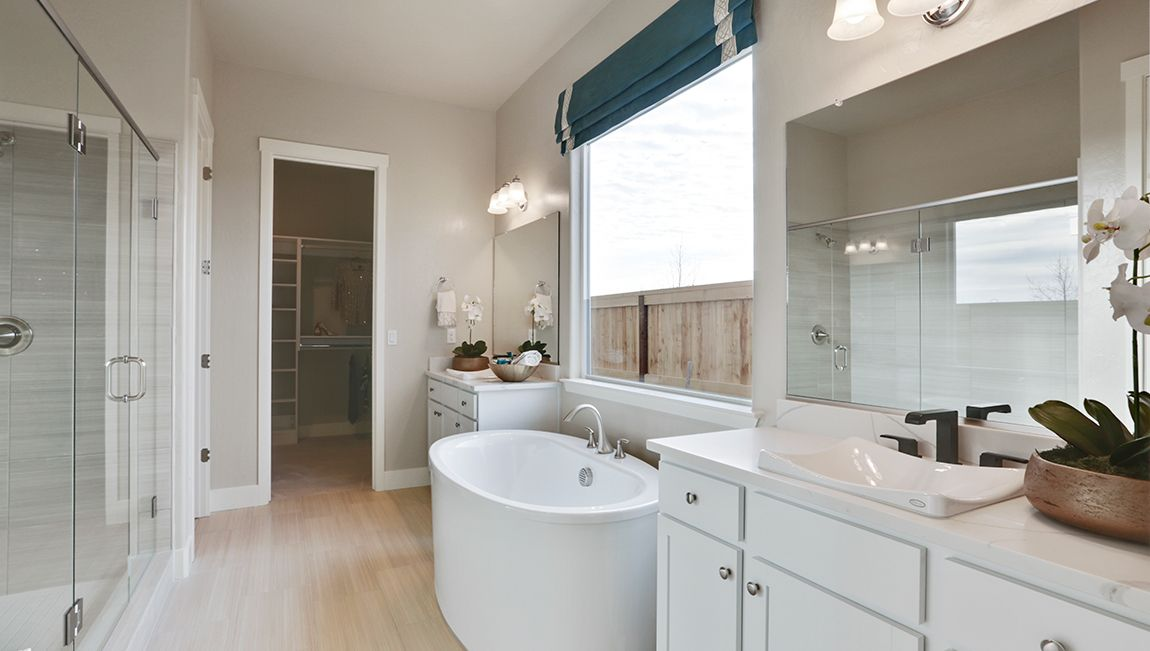 Bathroom featured in the Winchester By D.R. Horton in Fresno, CA