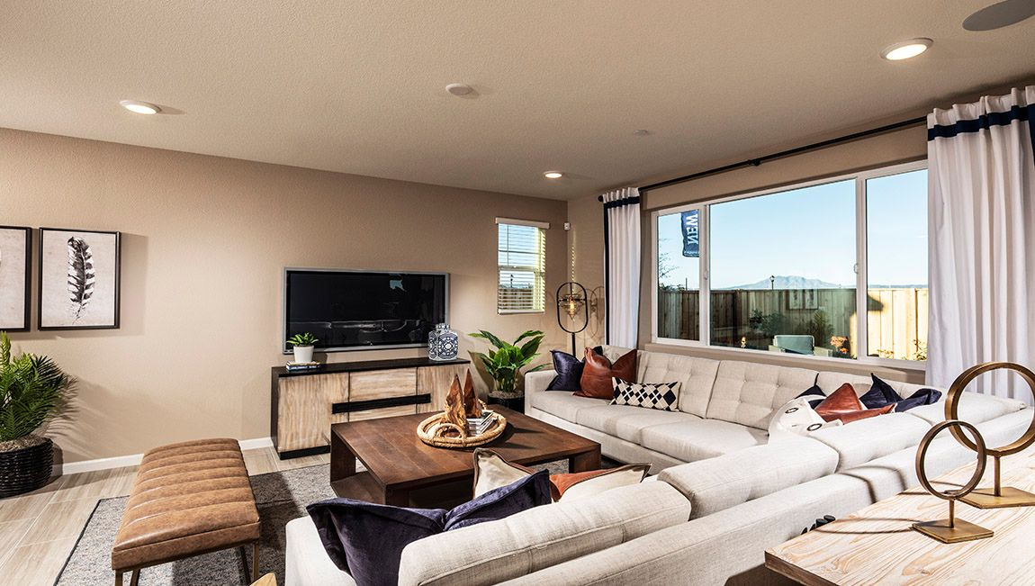 Living Area featured in the Residence 4 By D.R. Horton in Oakland-Alameda, CA