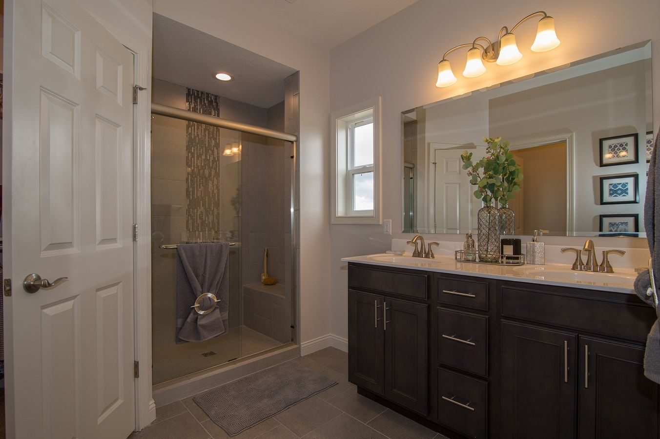Bathroom featured in the Fairfield By D.R. Horton in Fort Wayne, IN