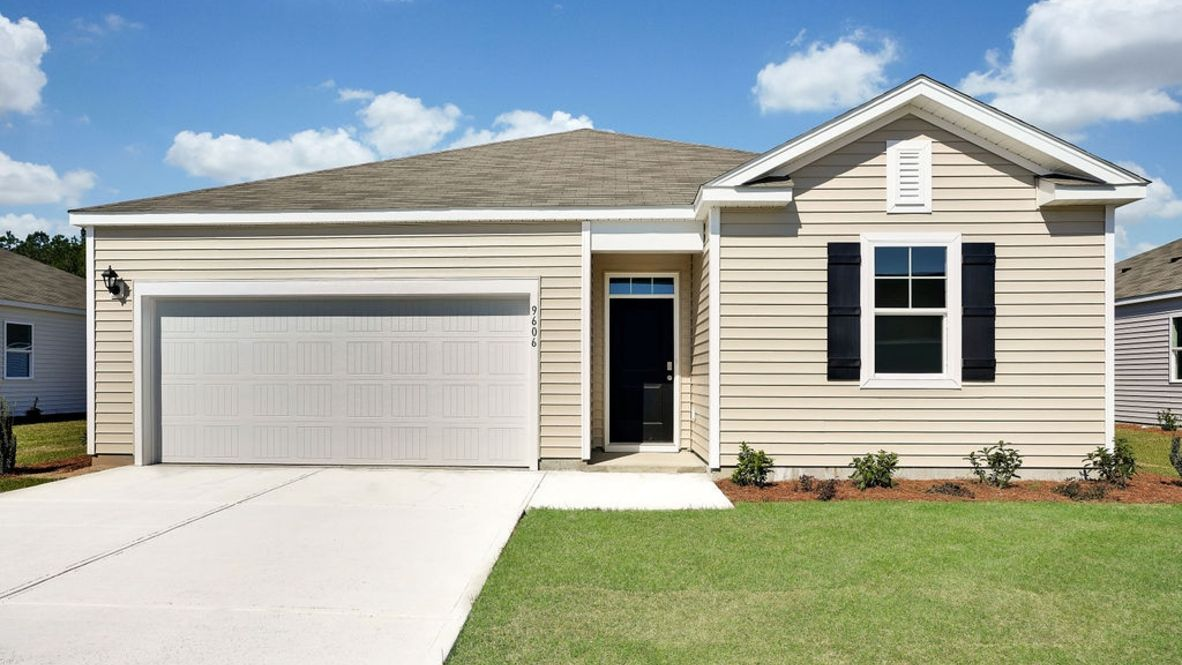 Exterior featured in the KERRY By D.R. Horton in Wilmington, NC