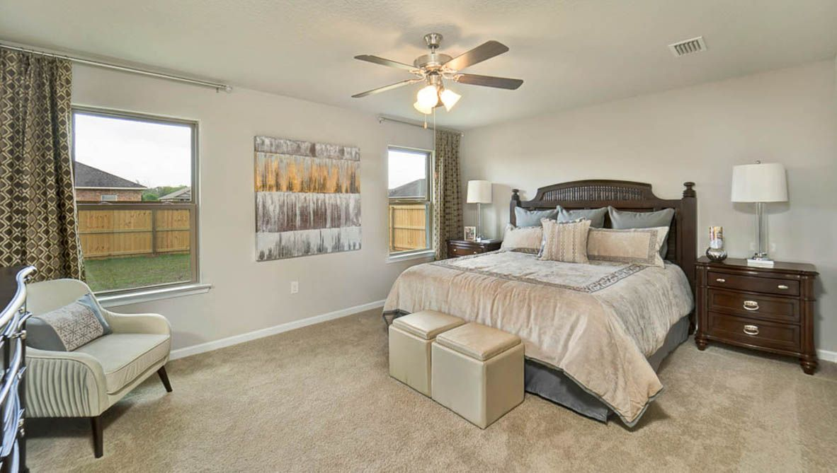 Bedroom featured in The Cairn By D.R. Horton in Biloxi, MS