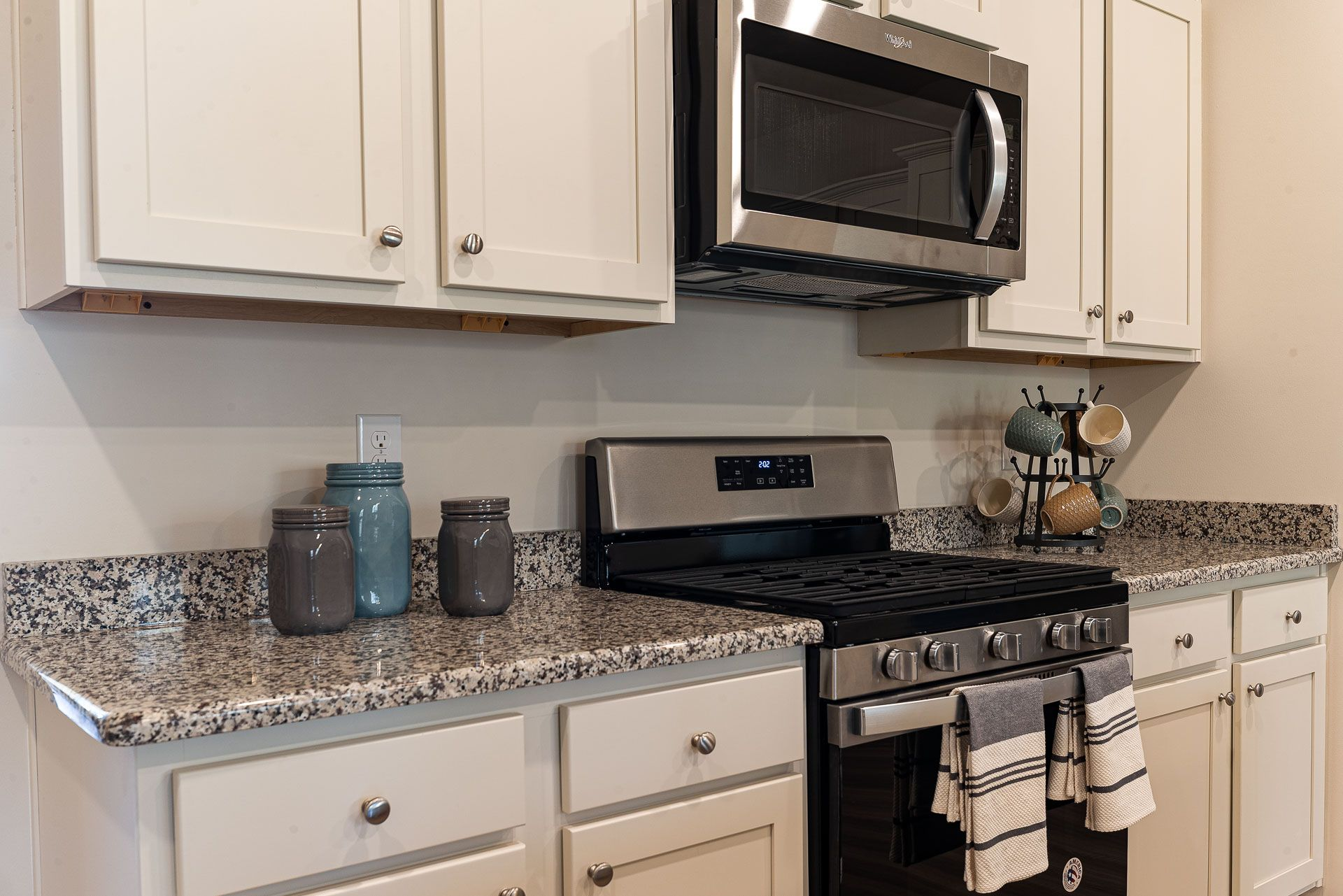 Kitchen featured in the CALI By D.R. Horton in Myrtle Beach, SC