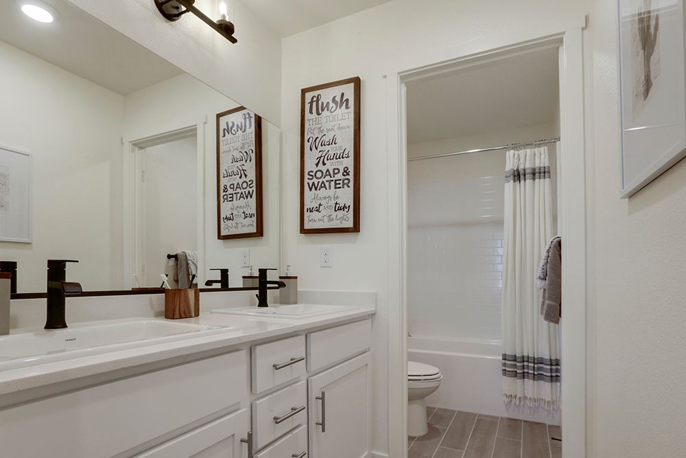 Bathroom featured in the Lincoln By D.R. Horton in Merced, CA