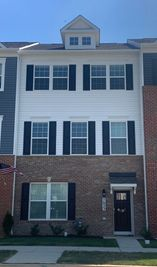 HOLLEY - Westview South Townhomes: Frederick, District Of Columbia - D.R. Horton