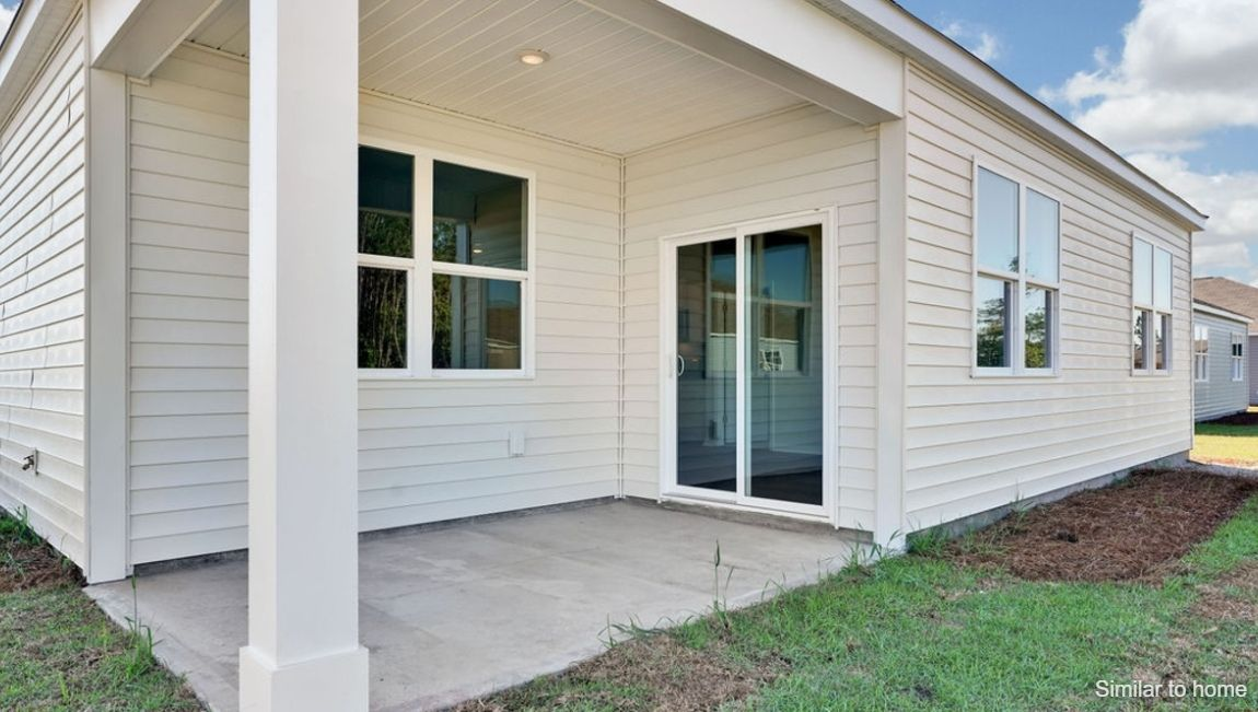 Exterior featured in the ARIA By D.R. Horton in Jacksonville, NC