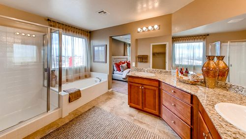 Bathroom-in-2433 Plan-at-Expressions-in-North Las Vegas