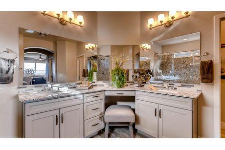 Bathroom-in-2530 Plan-at-Summit Ridge Manor-in-Las Vegas
