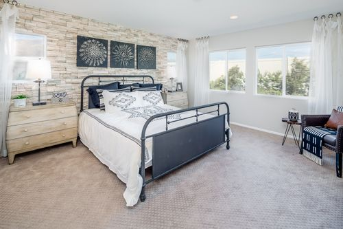 Bedroom-in-Residence 2137-at-Willowleaf at Avenida-in-Ontario