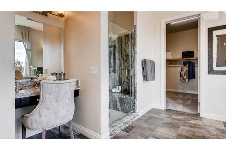 Dining-in-4560 Plan-at-Heritage Estates-in-Las Vegas