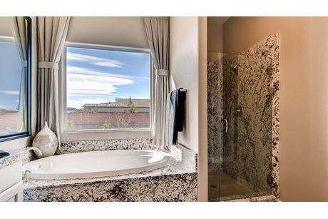 Bathroom-in-2500 Plan-at-Heritage Estates-in-Las Vegas