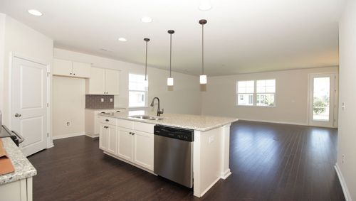 Kitchen-in-Claiborne-at-Hammock Cove-in-Pawleys Island