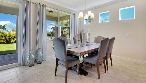 Dining-in-Delray-at-Tidewater Pointe-in-Stuart