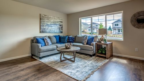 Greatroom-in-Wildfire Wa30-at-The Heights at Green Mountain-in-Camas
