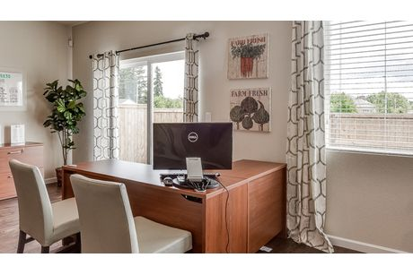 Study-in-Diamond 3816-at-Whispering Heights-in-Salem